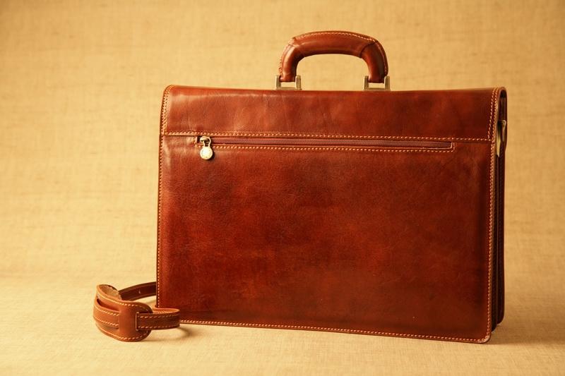 Poslovna torba Luca Venturi zadaj
